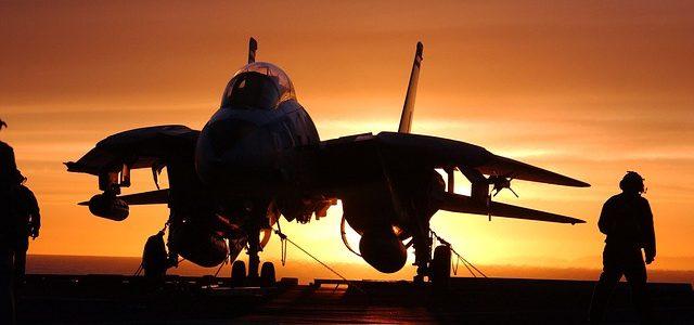 4.05.2017 Klasa 2b w bazie lotnictwa transportowego Sił Powietrznych
