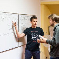 4.10.2017 Absolwenci na Maths Beyond Limits